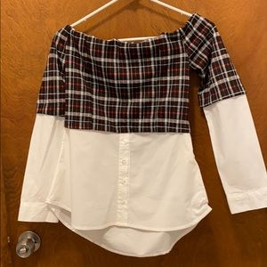 Mandee Shinestar off the shoulders shirt size m